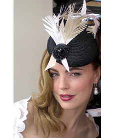 Actress Melissa George wearing mini beret by Louise Macdonald Milliner (Melbourne, Australia) on Derby Day 2007