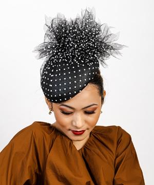 Designer hat Dotti by Louise Macdonald Milliner (Melbourne, Australia)