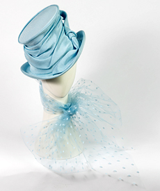 Designer hat Aurora by Louise Macdonald Milliner (Melbourne, Australia)