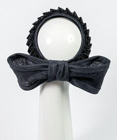 Designer hat Chiara Bow in Black by Louise Macdonald Milliner (Melbourne, Australia)