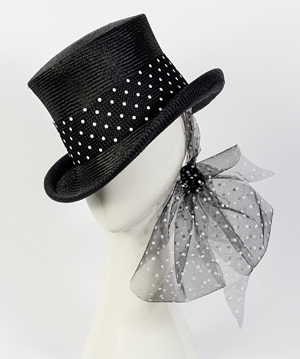 Designer hat Giddy Up Riding Hat in Black by Louise Macdonald Milliner (Melbourne, Australia)